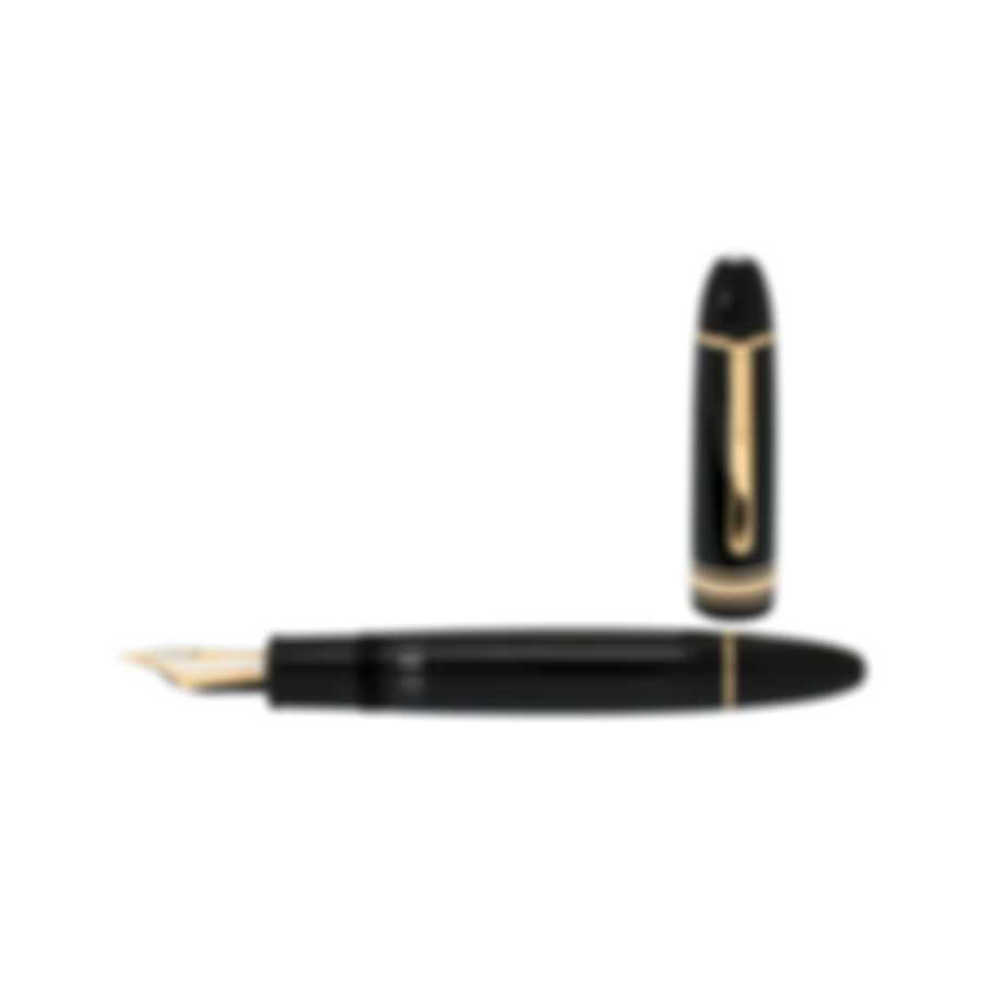 Montblanc Meisterstuck Black Resin And 18k Gold Fountain Pen 115385